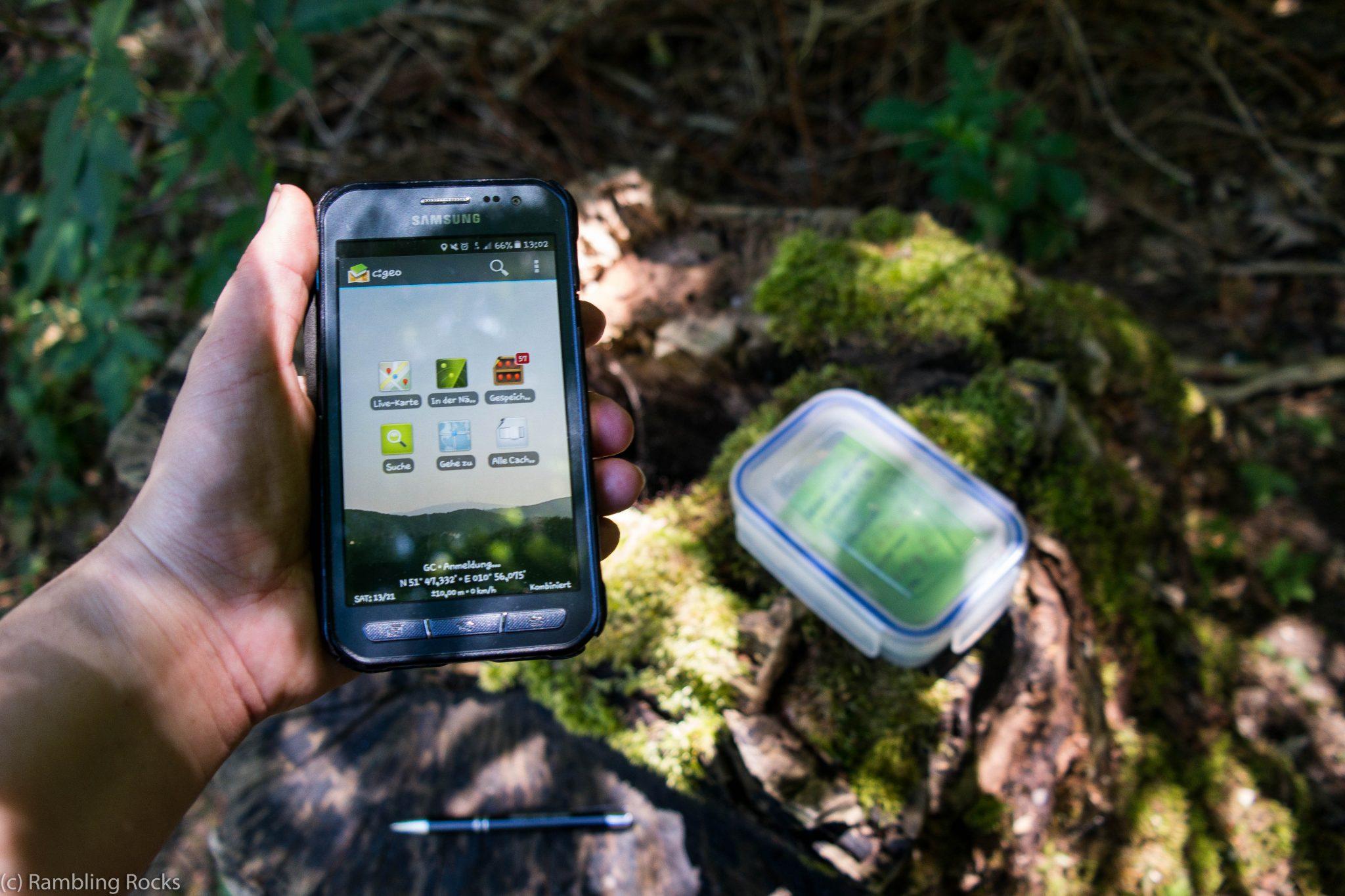 Smartphone Geocaching
