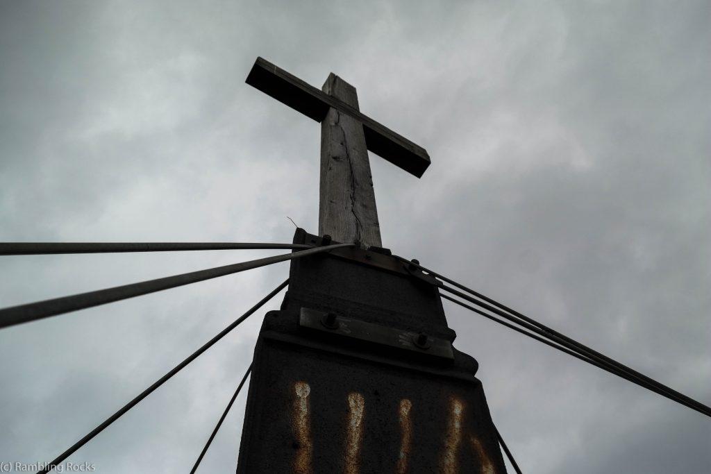 Gegensteine Gipfelkreuz